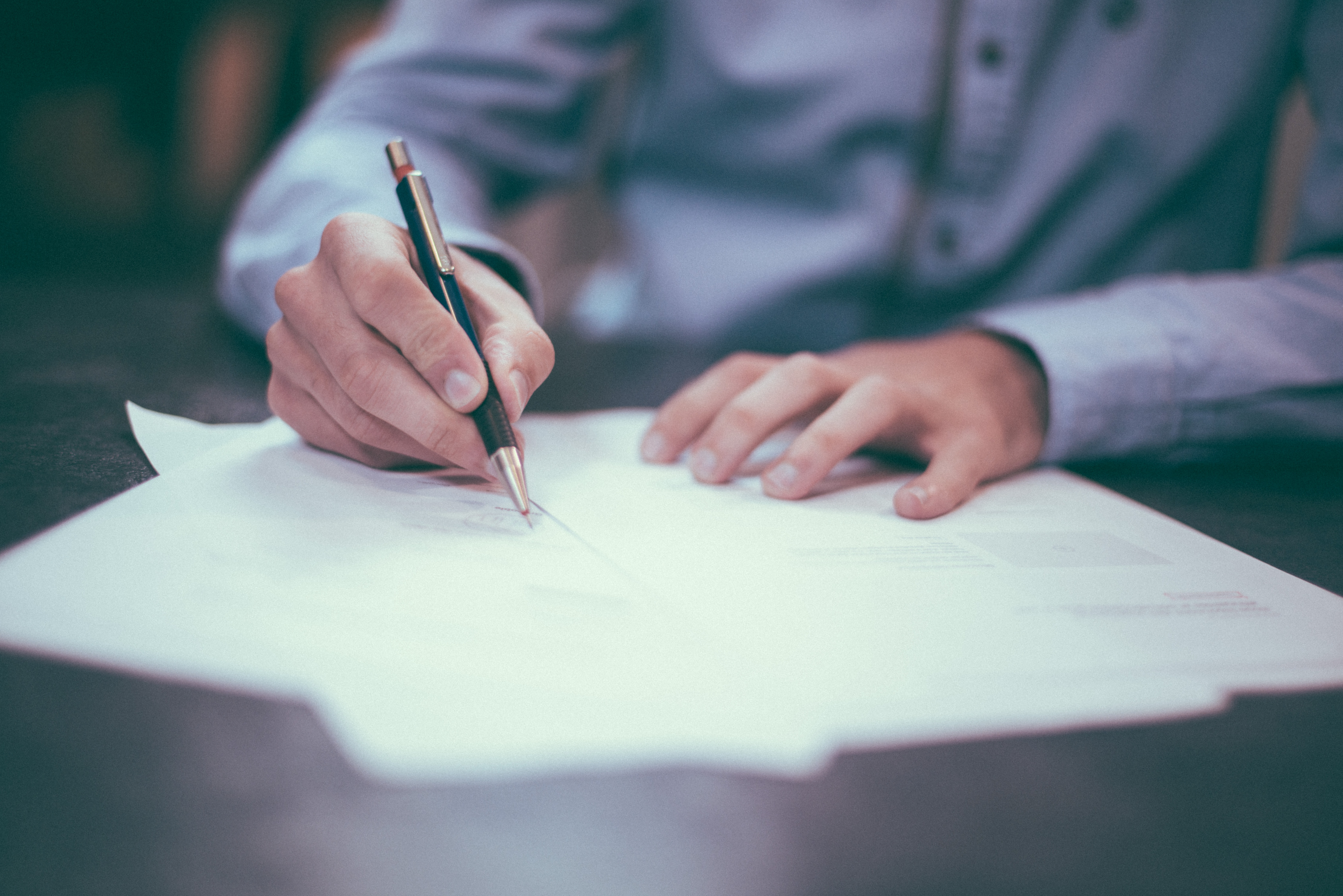 Legal advisor helps with wills and estate planning